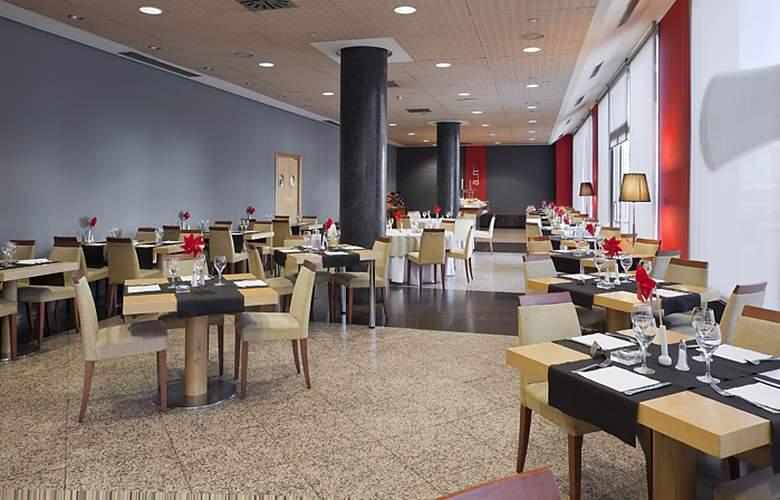 Ilunion Alcala Norte - Restaurant - 14