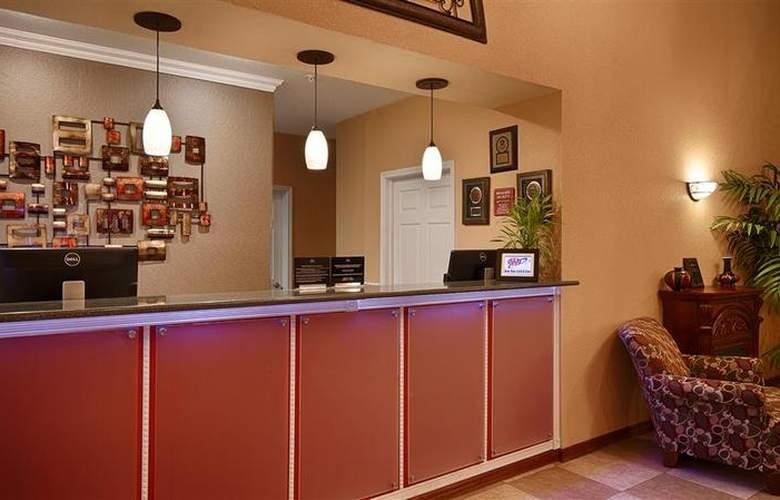 Best Western Plus Sherwood Inn & Suites - General - 18