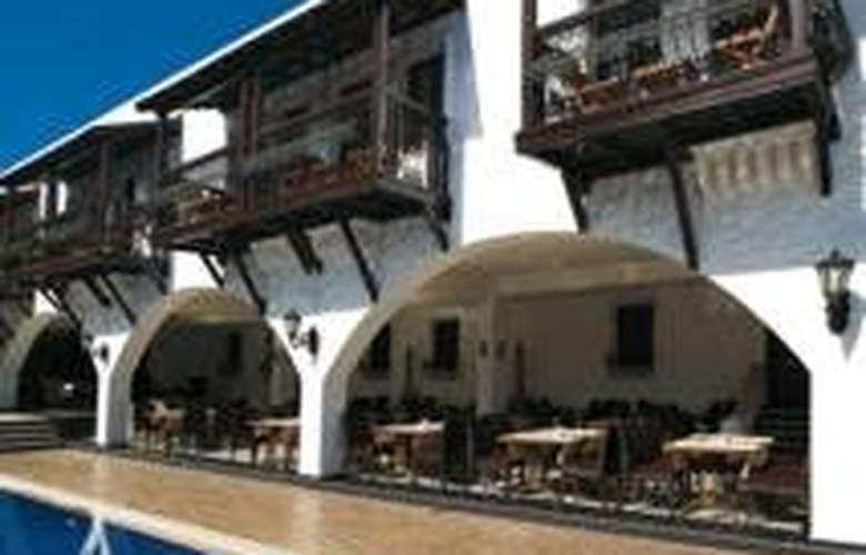 Bitez Han Hotel - Hotel - 0