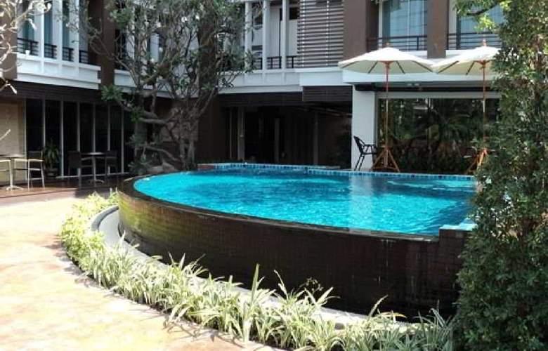 Suvarnabhumi Suite - Pool - 6