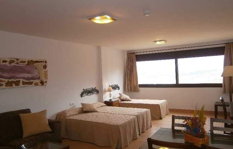 Los Castillarejos - Room - 11