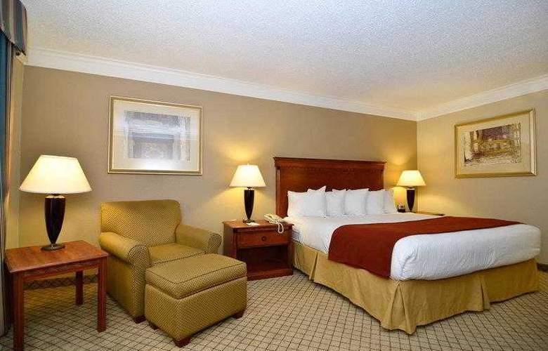 Best Western Plus Madisonville Inn - Hotel - 14