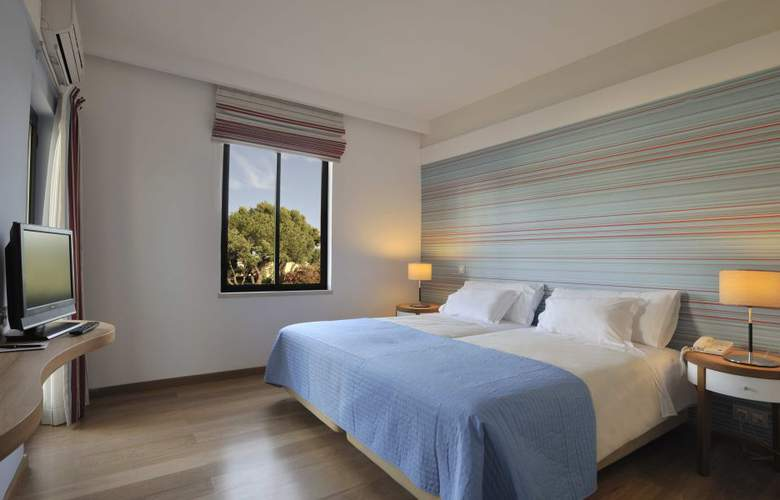 Pestana Dom Joao II Beach & Golf Resort - Room - 2