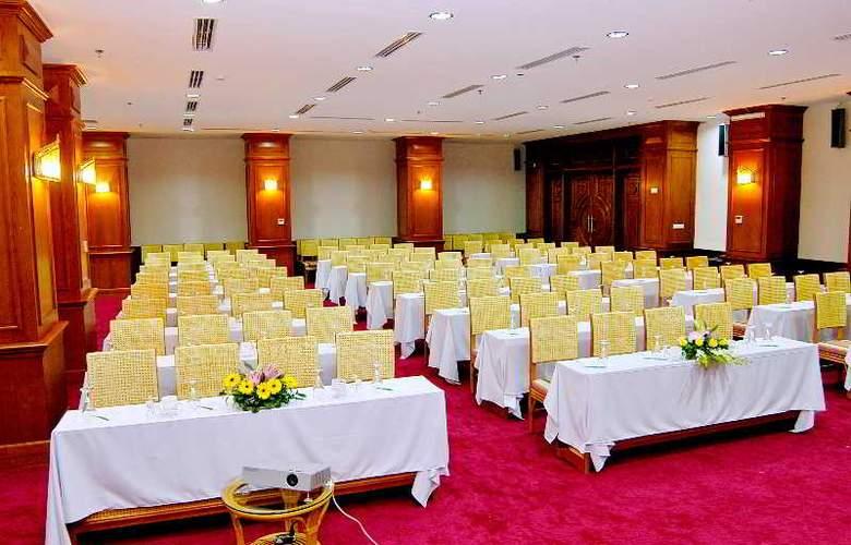 Green World Hotel Nha Trang - Conference - 42