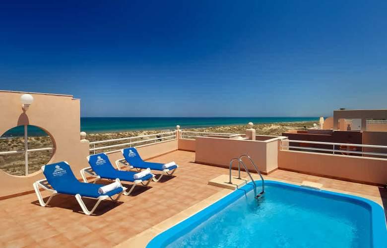 Oliva Nova Beach & Golf Resort - Pool - 3