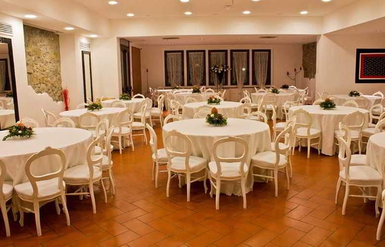 Villa Cesi - Restaurant - 39