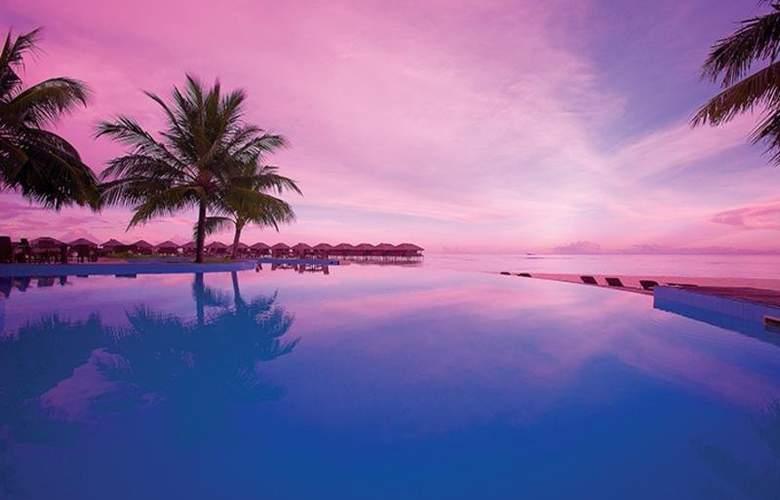 Filitheyo Island Resort Maldives - Pool - 8
