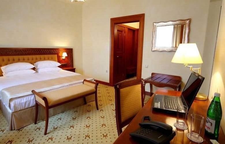Citadel Inn - Room - 5