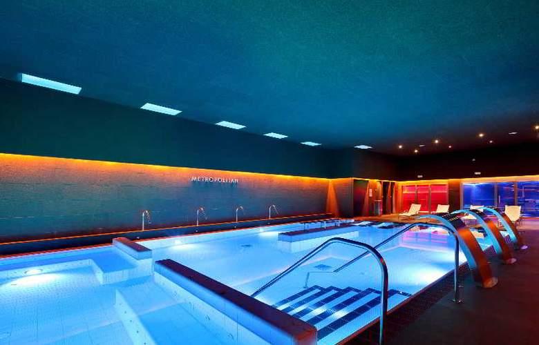 Occidental Bilbao - Pool - 31