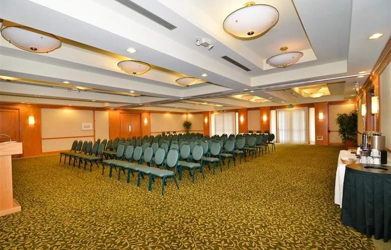 Best Western Plus Palm Desert Resort - Conference - 36