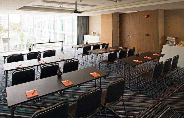 Dusit D2 Baraquda Pattaya - Conference - 9