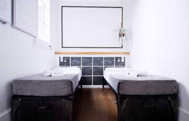 Barcelona Suites - Room - 22
