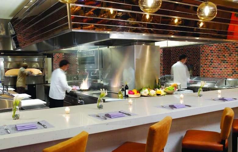 Carillon Miami Beach - Restaurant - 19