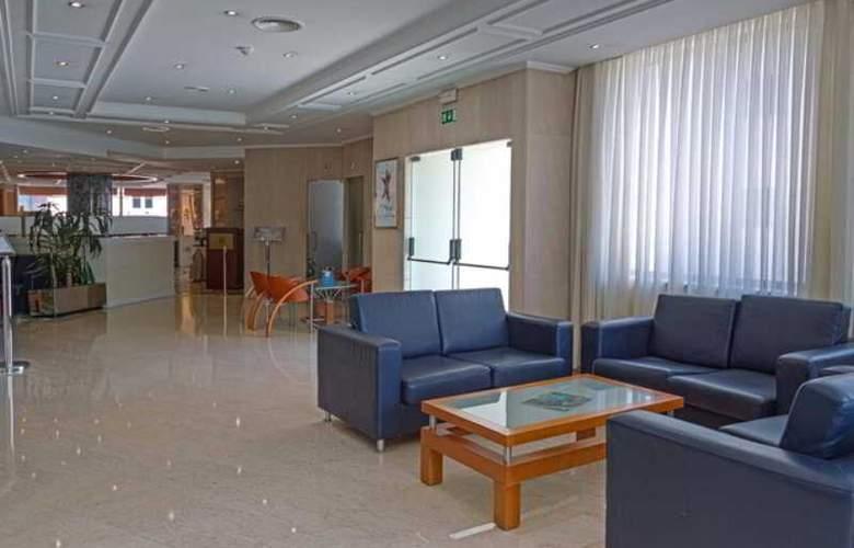 Holiday Inn Lisboa - General - 13