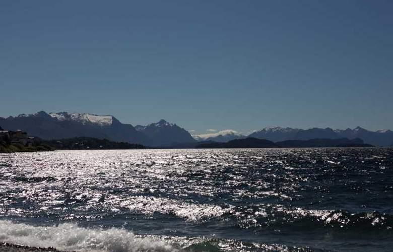 RH Rochester Bariloche - Beach - 6