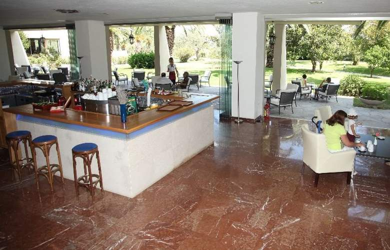 Kassandra Palace Hotel and Spa - Bar - 6