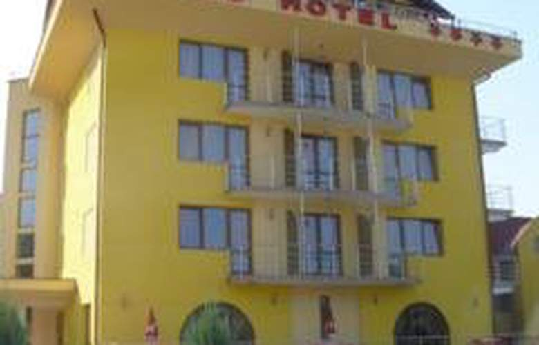 Grand Hotel - General - 1
