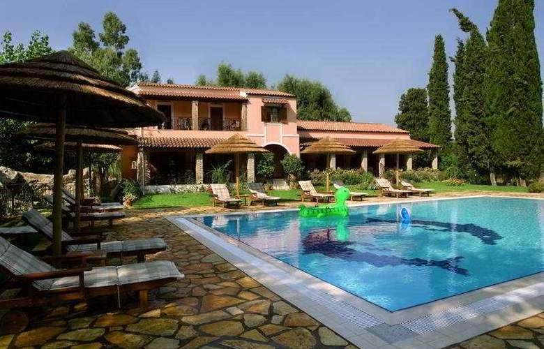 Corfu Club - Pool - 5
