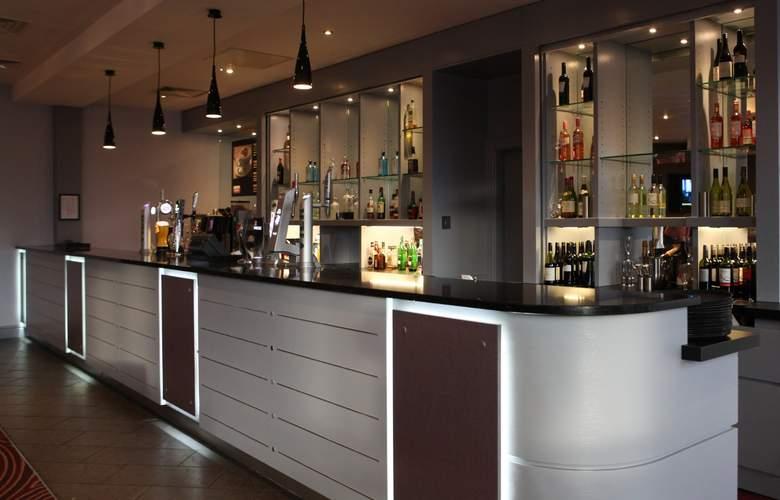 Jurys Inn Leeds - Bar - 2