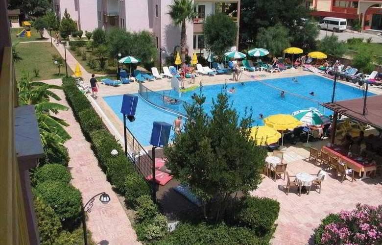 Safran Apart - Pool - 3