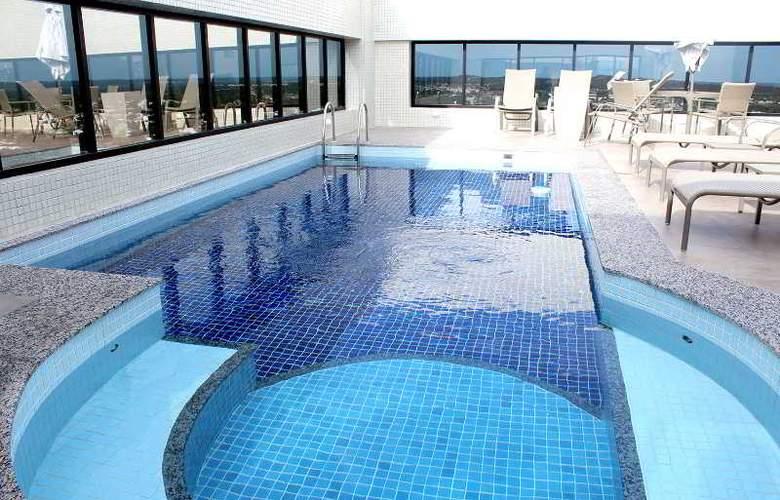 Mais Hotel - Pool - 1