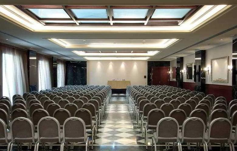 Barcelona Center - Conference - 3