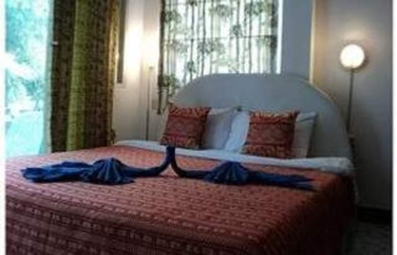 Beach Road Inn - Room - 5