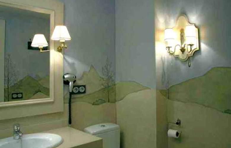Plaza - Room - 4