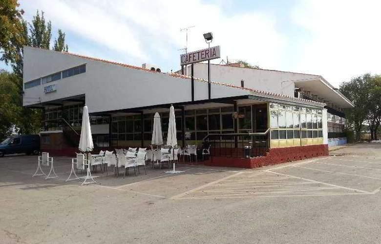 Manzanares - Hotel - 0
