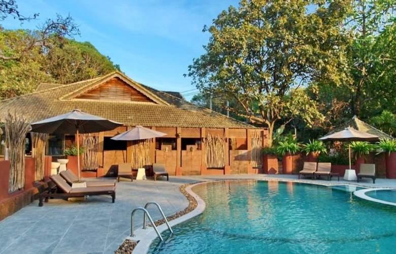 Tohsang Khongjiam Resort & Spa - Pool - 5