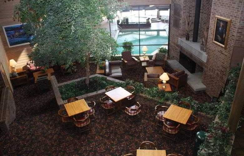 Best Western Landmark Inn - Hotel - 96