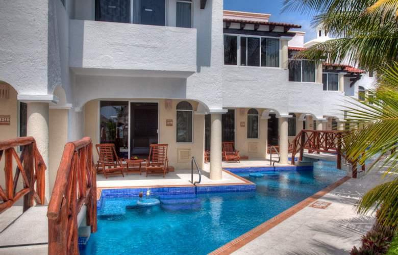 Hidden Beach Resort All Inclusive - Pool - 6