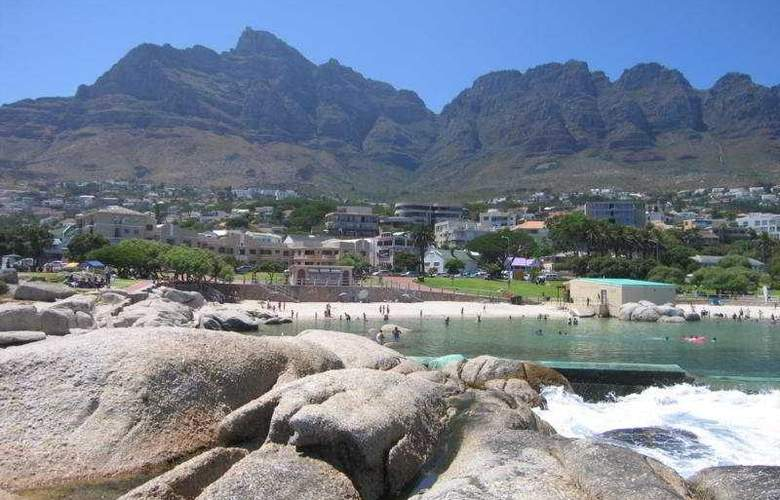 Camps Bay Resort - Beach - 5