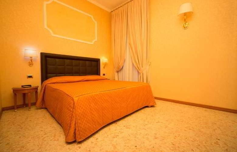 Dependance Hotel Dei Consoli - Room - 8