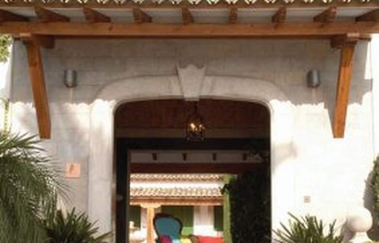 Mas de Canicatti - Hotel - 0