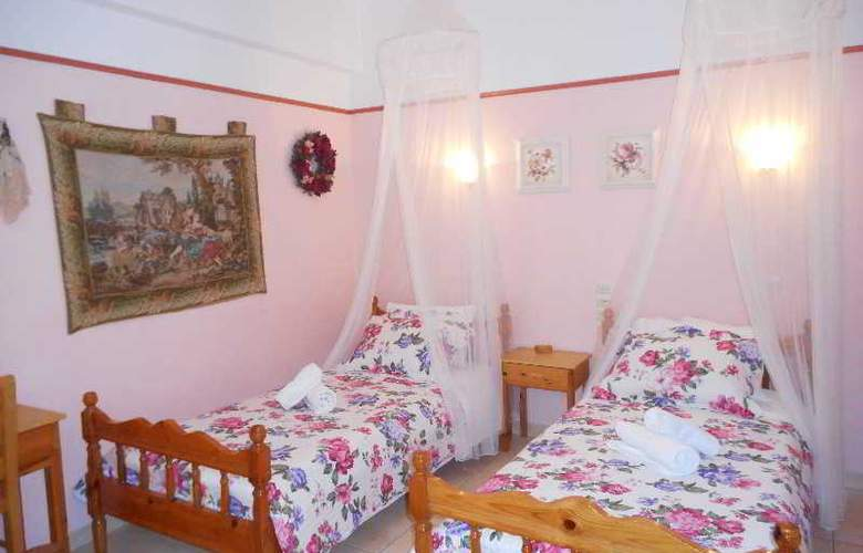 Galazios Kolpos Pension - Room - 34