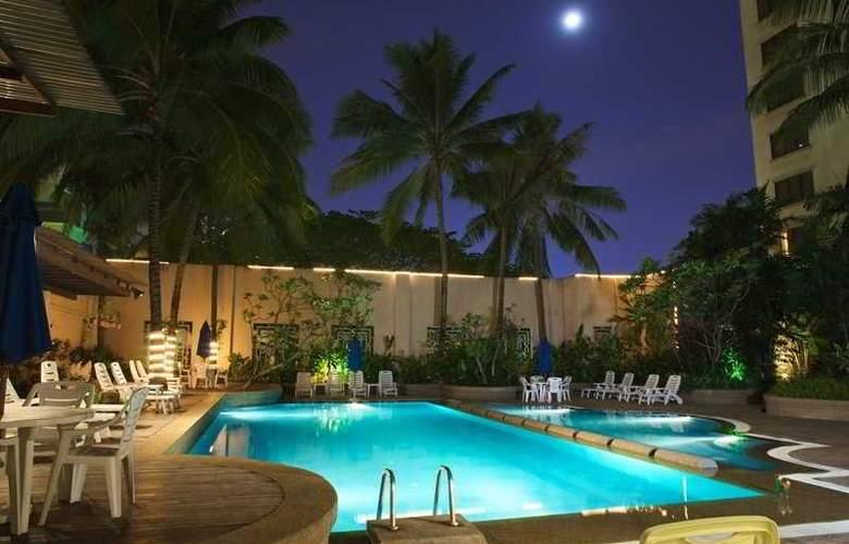 Royale Chulan Bukit Bintang - Pool - 6