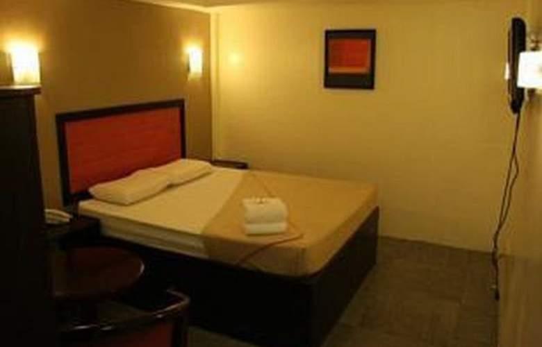 Toilena Room and Board - Hotel - 6