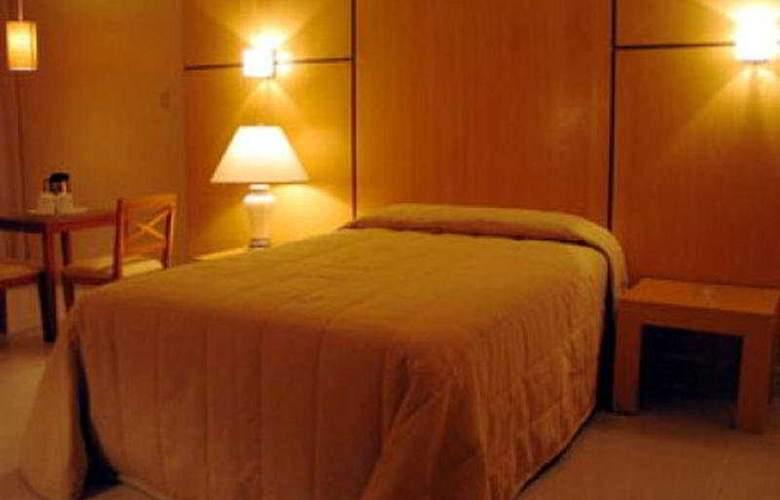 Crown Regency Residences Cebu City - Room - 4
