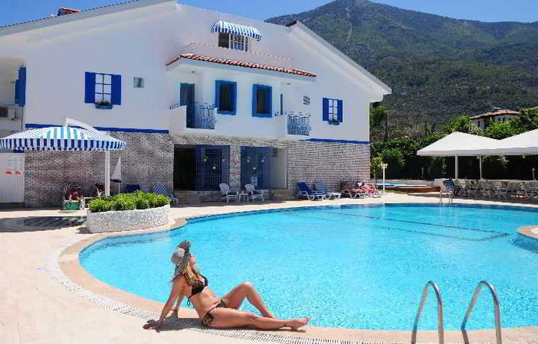 Monta Verde Hotel & Villas - Pool - 8