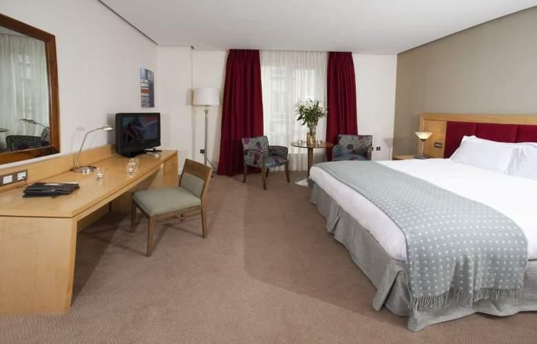 Pembroke Hotel - Room - 9