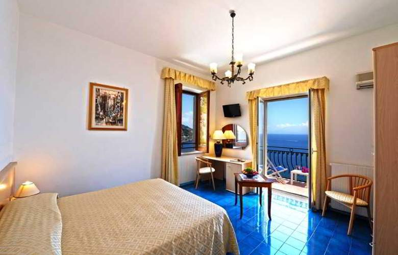 La Perla - Room - 4