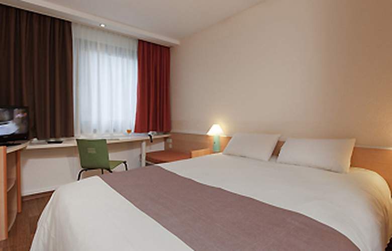 Ibis Muenster City - Room - 1