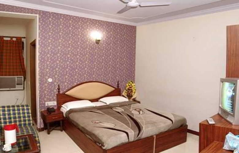 Ivory Palace - Room - 3