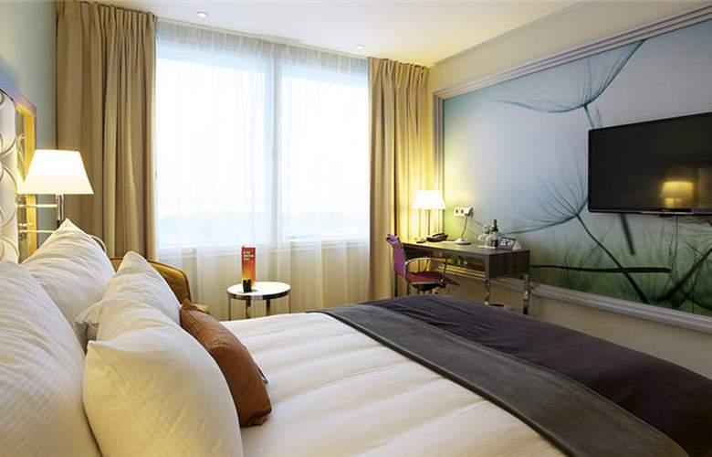 Clarion Hotel Arlanda Airport - Room - 1