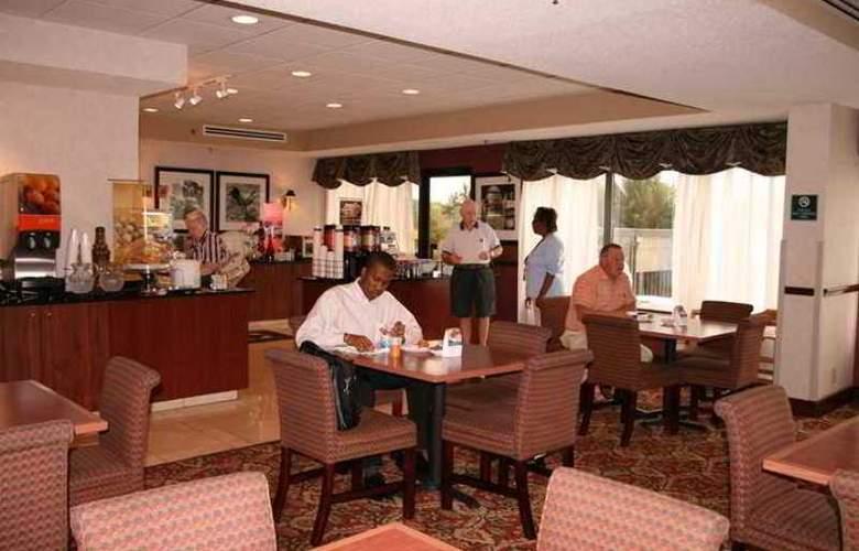 Hampton Inn Henderson - Hotel - 4