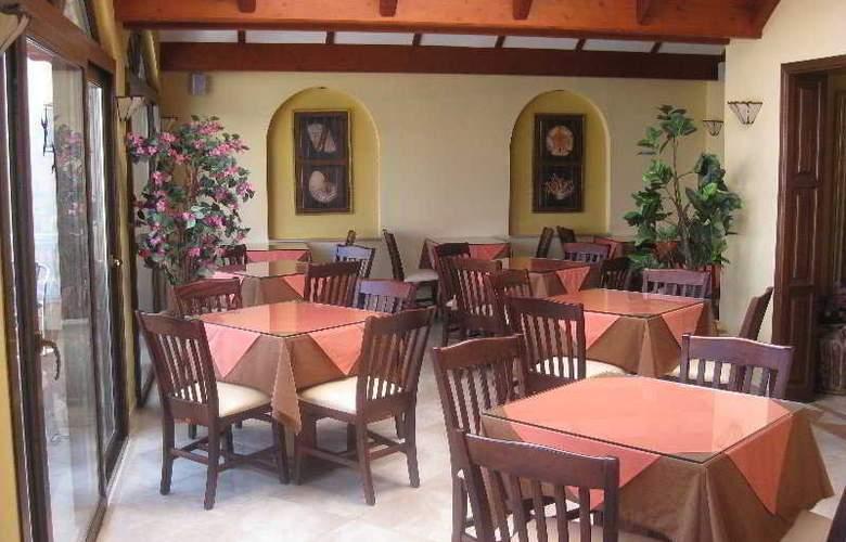 Athena - Restaurant - 4