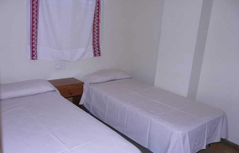 GHM Plaza - Room - 11