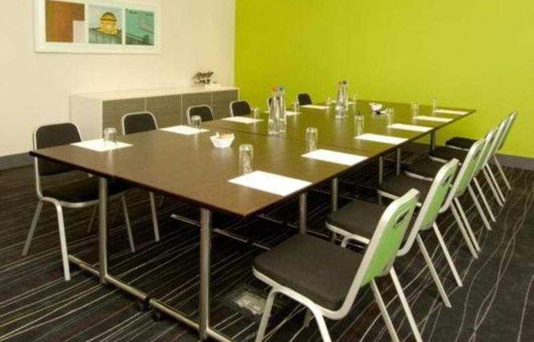 Park Inn by Radisson Manchester City Centre - Conference - 6
