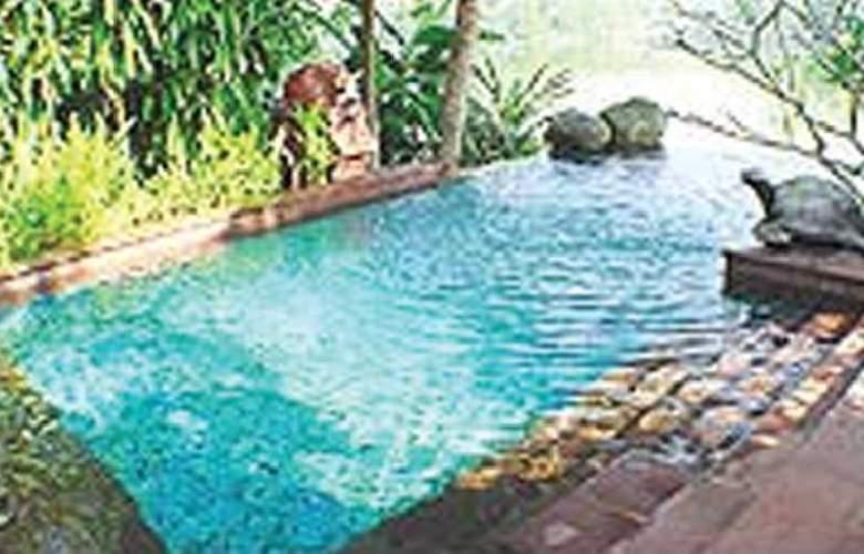 The Kandawgyi Palace - Pool - 5